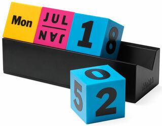 """Ewiger Kalender """"Cubes CMYK"""" - MoMA Kollektion"""